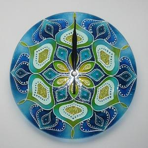 Kék-Menta Mandala - egyedi festett mandala üveg falióra, Otthon & lakás, Lakberendezés, Falióra, óra, Festett tárgyak, Üvegművészet, A kék és zöldeskék szerelmeseinek... :)\n\nEzúttal is egyedi, saját tervezésű mandala órát készítettem..., Meska