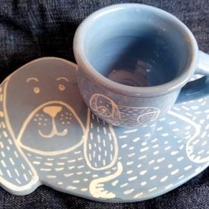 Kutyás kerámia szett, Otthon & Lakás, Konyhafelszerelés, Tányér & Étkészlet, Kerámia, Egy kutyás étkészletet készítettünk, lapos tányérral, kávés csészével. \n\n\nKávés csésze méretei: \nMag..., Meska