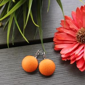 Metál narancs - ezüst francia kapcsos nemesacél fülbevaló, Ékszer, Fülbevaló, Lógós kerek fülbevaló, Ékszerkészítés, Gyönyörű árnyalatú, metál narancs színű textilbőr anyag és jó minőségű, nemesacél fülbevalóalap felh..., Meska