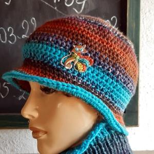 Fázós cica női kalap, sapka, horgolt, kötött, gyapjú, Ruha & Divat, Női ruha, Horgolás, Kötés, Gyapjú fonalból készült, karakteres színekből, a fonalak kombinációival ez az egyedi kalap. A rozsda..., Meska