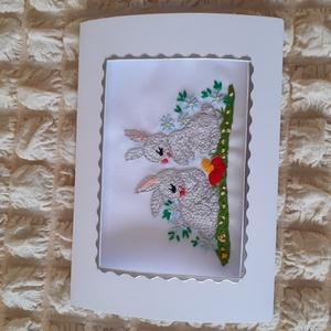 Kézzel himzett képeslap, húsvéti nyuszik, Fonal, cérna, Papír, Mindenmás, Hímzés, Kézzel himzett, egyedi képeslapjaimat ajánlom névnapra, születésnapra, karácsonyra, most  húsvétra...., Alkotók boltja