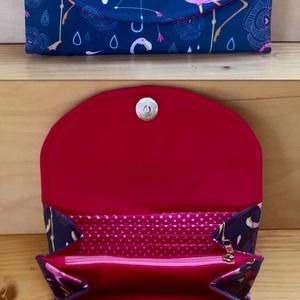 """Flamingós vízálló """"KRISZTI""""kártyatartós női pénztárca, Táska, Divat & Szépség, Táska, Pénztárca, tok, tárca, Pénztárca, Varrás, Flamingó rajongóknak!\nKék alapon pink flamingós vízálló designer szövetből készült női pénztárca. Fe..., Meska"""