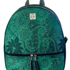 """Palackzöld cipzáras """"AMANDA"""" hátizsák, Táska & Tok, Hátizsák, Hátizsák, Varrás, Különleges palackzöld vízálló designer szövetből készült """"AMANDA"""" hátizsák zöld textilbőrrel kombiná..., Meska"""