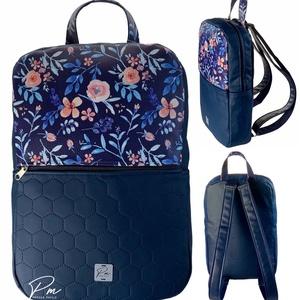 """Kék virágos textilbőr """"SZOFI"""" laptop hátizsák , Táska & Tok, Laptop & Tablettartó, Laptoptáska, Varrás, ÚJDONSÁG!\nKék virágos designer textilbőrből és kék méhsejtmintásan steppelt textilbőrből készült """"SZ..., Meska"""