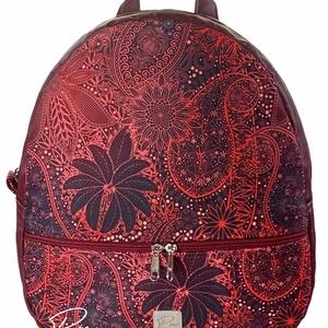 """Burgundi vörös, cipzáras """"AMANDA""""hátizsák, Táska & Tok, Hátizsák, Hátizsák, Varrás, Burgundi vörös vízálló designer szövetből és bordó textilbőrből készült """"AMANDA"""" \n hátizsák. Profin ..., Meska"""