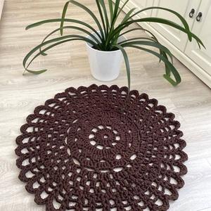 Csokibarna mandala szőnyeg, Otthon & lakás, Lakberendezés, Lakástextil, Szőnyeg, Horgolás, Egyedi kézműves szőnyeg. Saját minta alapján készült.\n100%-ban újrahasznosított pamutból , így védve..., Meska