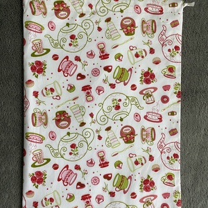 Rózsaszín kávés kenyeres zsák, Táska & Tok, Bevásárlás & Shopper táska, Kenyeres zsák, Varrás, A tasak egyik oldala pamutvászonból, míg a belső oldala pul anyagból készült, így frissen tartja, am..., Meska