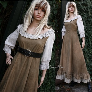 ALDONSA - romantikus design-ruha , Ruha & Divat, Ruha, Női ruha, Kézműves modellem mell alatt vágott, karcsúsított szabású, óriási alja-bőséggel, dupla fodorral. A s..., Meska