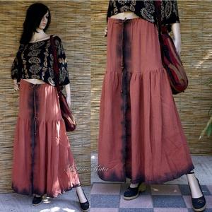 ŐSZIRÓZSA - batikolt design szoknya, Ruha & Divat, Szoknya, Női ruha, Kézzel festettem ezt a rozsdavörös, batikolt szélű,  különleges, dupla-szövésű pamutgézből készült e..., Meska