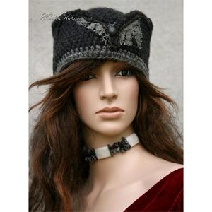 CINTHIA - elegáns horgolt kalap , Ruha & Divat, Sál, Sapka, Kendő, Kalap, 100% rusztikus tiszta gyapjúból horgoltam ezt a látványos fejfedőmet. Kézzel festett horgolt csipkév..., Meska