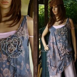 SZILVA - shabby chic selyem-tunika, Ruha & Divat, Női ruha, Tunika, Varrás, Festett tárgyak, Szín-leszívással mintáztam ezt a vintage,  hűvös viszkóz-selyemből készült modellemet.\nKlöpli-csipké..., Meska