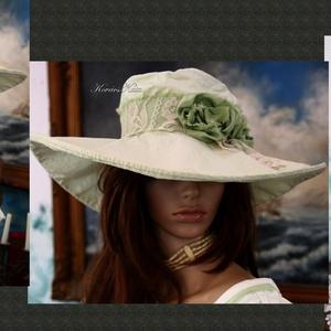 OPHELIE kalap - széles karimájú vászonkalap , Ruha & Divat, Sál, Sapka, Kendő, Kalap, Varrás, Festett tárgyak, Könnyű pamut-anginból készítettem, almazöldre festettem ezt az extravagáns, modellemet.\n\nMerevített ..., Meska