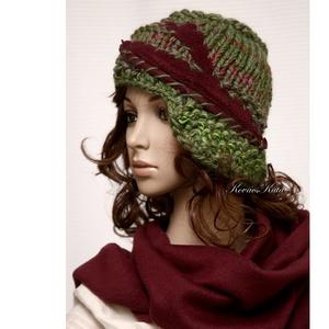 CLOCHE-ART  szett - kötött kalap sállal, Ruha & Divat, Sál, Sapka, Kendő, Sapka & Sál szett, Téli extravagancia:  EXTRA-VASTAG, többszálas  márkás, színátmenetes fonal-mixből kötött modellem a ..., Meska