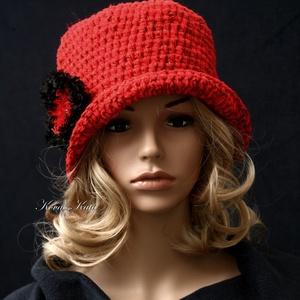 SZELLŐRÓZSA - horgolt flapper kalap (brokat) - Meska.hu