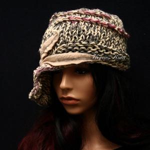 CLOCHE-ART kötött kalap /  szürke-rózsa (brokat) - Meska.hu
