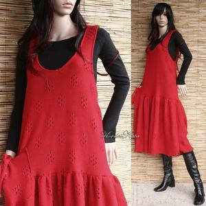 PIROSKA - lagenlook kötényruha  , Ruha, Női ruha, Ruha & Divat, Varrás, Tűzpiros gépi-kötött kelméből terveztem ezt a sikkes kötényruhát.\n\nExtravagáns nőknek ajánlom hűvös ..., Meska