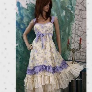 MICHELLE - romantikus lolita-ruha, Ruha & Divat, Női ruha, Ruha, Varrás, Lila-virágos pamutpuplinból és pöttyös vászonból készítettem ezt a nőies modellemet.\nA vállpántja és..., Meska