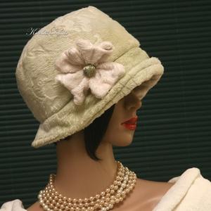 """WELLSOFT cloche - flapper kalap / menta, Kalap, Sál, Sapka, Kendő, Ruha & Divat, Varrás, Festett tárgyak, Az 1920-as évek divatja köszön vissza \""""Marie\"""" fantázianevű, kis-karimás, fejhez simuló design-kalapj..., Meska"""