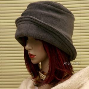 ERNA cloche -szürke polár flapper kalap (brokat) - Meska.hu