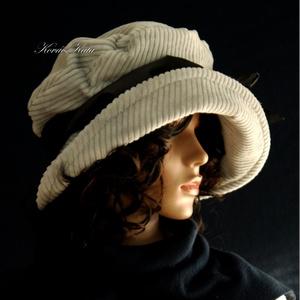 K A L A P O K , K E N D Ő K ..............ANDERSEN - ezüstszürke design kalap (brokat) - Meska.hu