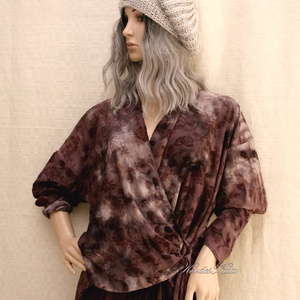 BATIKOLT-JERSEY - átkötős kabátka XXL, Ruha & Divat, Női ruha, Blúz, Varrás, Lilás-szürke batikolt- mintás-rózsás jerseyből terveztem ezt a kényelmes, átkötős modellt.\n\nMérete X..., Meska