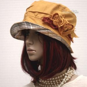 BÖBE-KALAP / napsárga lenvászon kalap, Ruha & Divat, Sál, Sapka, Kendő, Kalap, Varrás, Bohém-romantikus nyári modellem napsárga lenvászonból készítettem, kockás puplinnal béleltem, applik..., Meska