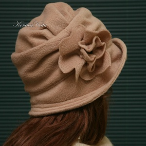 ERNA cloche - polár flapper kalap L-XL - ruha & divat - sál, sapka, kendő - kalap - Meska.hu