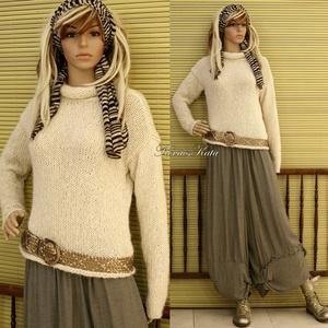 PÖNDÖR-NYAKÚ alpaka pulóver - kézzel kötött , Táska, Divat & Szépség, Női ruha, Ruha, divat, Ruha, Kötés, Klasszikusan elegáns, puha, meleg, mégis könnyű pulóver, igazi luxus a hűvösebb napokra.\n\nTört-fehér..., Meska
