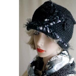 MARLENE - horgolt gyapjúkalap, Táska, Divat & Szépség, Női ruha, Ruha, divat, Sál, sapka, kesztyű, Sapka, Horgolás, Hollófekete, hazai gyapjúfonó tiszta-gyapjú fonalából horgoltam ezt az ovális kalapot.\nVékony, felpö..., Meska