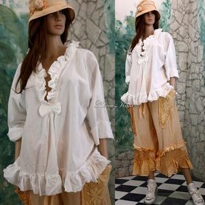MIA - lagenlook batiszt blúz, Ruha & Divat, Blúz, Női ruha, Finom, tört-fehér batisztból készült ez a romantikus blúz. Fodros-lockolt szélek, masnival összefogo..., Meska