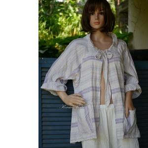 BETTI - lagenlook lenvászon kabátka , Táska, Divat & Szépség, Ruha, divat, Női ruha, Kismamaruha, Kabát, Varrás, Jó tartású, vastagabb, lila-fehér csíkos lenvászonból készült kabátka a réteges öltözködéshez.\n\nMére..., Meska