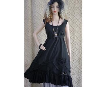 ARTSY SLIP / ANETT - lagenlook design kötényruha, Ruha, Női ruha, Ruha & Divat, Varrás, Ében-fekete puha lenvászonból készült kényelmes és látványos kötényruha a réteges öltözködéshez:\nTri..., Meska