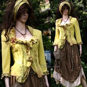 DIÁNA - artsy design kabátka / banánzöld, Táska, Divat & Szépség, Ruha, divat, Női ruha, Blúz, Kabát, Varrás, Festett tárgyak, Puha flanelból készült, banán-zöldre kézzel festett romantikus kabátka. A mély lant alakú dekoltázst..., Meska