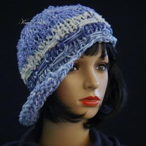 CLOCHE-ART kötött kalap /  kékek (brokat) - Meska.hu