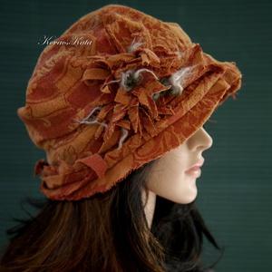ROZSDA-BROKÁT - bohém artsy flapper kalap, Ruha & Divat, Sál, Sapka, Kendő, Kalap, Varrás, Nyomott-mintás plüss-brokátból terveztem ezt a  kényelmes, mélyen fejbe-húzható, bohém küllemű darab..., Meska