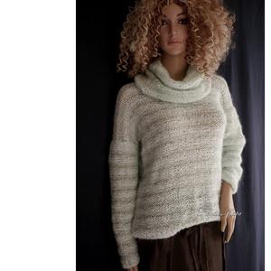 MENTA MOHAIR-PULCSI - exkluzív kézzel kötött pulóver kámzsával (brokat) - Meska.hu