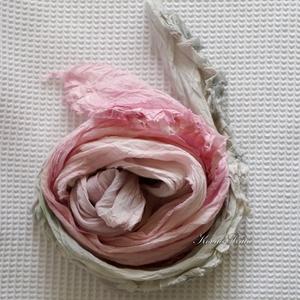 SZIROM-SÁL / szürke-rózsaszín - batikolt fodros hosszú sál - Meska.hu