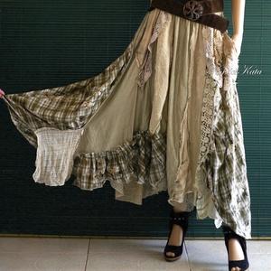 BELINDA - extravagáns patchwork szoknya, Szoknya, Női ruha, Ruha & Divat, Varrás, Az egyedi, bohém megjelenés híveinek:\nTermészetes anyagú könnyű textilekből összeállított bő, dús, z..., Meska