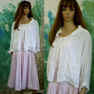 AZSÚROS KABÁTKA - lagenlook design , Női ruha, Ruha & Divat, Bolero, Varrás, Nyári ruhák fölé terveztem ezt a gyönyörű, azsúros pamut-puplinból készült rövid kabátkám. \nTúl-mére..., Meska