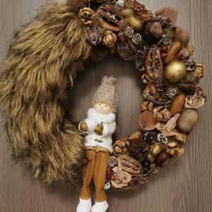 Szőrös Karácsonyi Kopogtató, Ajtódísz, Karácsonyi kopogtató, Karácsony & Mikulás, Virágkötés, Mindenmás, Egyedi kézzel készített ajtódísz, ami minden  ajtónak éke lehet. A kopogtató készítésekor törekedtem..., Meska