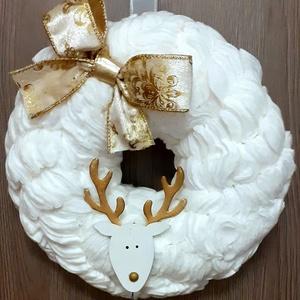 Fehér Karácsonyi Kopogtató, Ajtódísz, Otthon & lakás, Dekoráció, Dísz, Ünnepi dekoráció, Karácsony, Karácsonyi dekoráció, Lakberendezés, Ajtódísz, kopogtató, Virágkötés, Mindenmás, Egyedi kézzel készített vatta kopogtató, ami minden ajtónak éke lehet. \nA kopogtató vattából készült..., Meska