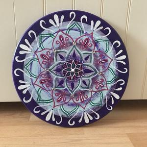 Intuíció - mandala, Otthon & Lakás, Dekoráció, Mandala, Festett tárgyak, Intuíció - mandala\n\nA natúr fa táblát először alapoztam. Ezután akrilfestékkel adtam neki egy alapsz..., Meska