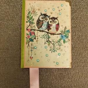 Kislány napló, Otthon & Lakás, Papír írószer, Jegyzetfüzet & Napló, Decoupage, transzfer és szalvétatechnika, A6-os méretű napló.A kislányok kedvenc bagoly figurájával.Fém sarokvédővel,apró félgyöngyökkel  és s..., Meska