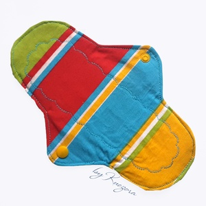 22 cm-es mosható intim betét, női betét, menstruációs betét - kék, zöld, piros, sárga - , Táska, Divat & Szépség, Szépség(ápolás), Egészségmegőrzés, Fürdőszobai kellék, NoWaste, Textilek, Varrás, 22 cm-es mosható intim betét, női betét, klasszikus piskóta fazon - kék, zöld, piros, sárga\n\nTest fe..., Meska