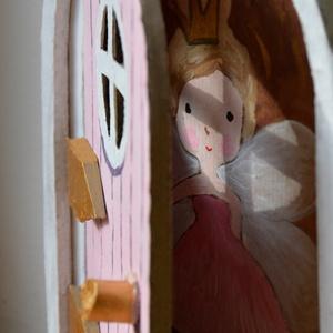 Nyitható, álomörző tündérajtó kis létrával, egyedi kézzel festette tündérrel vagy manóval, meseajtó., Babaház, Baba & babaház, Játék & Gyerek, Festett tárgyak, Megrendelésnél, írd meg milyen színű ajtót, az ajtó mögé tündért vagy manót és milyen hosszú létrát ..., Meska
