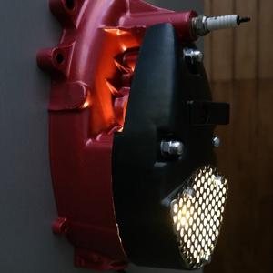 Motor alkatrészből fali lámpa / kulcstartó (Cali2) - Meska.hu