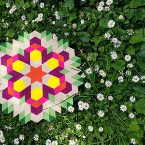Textil mozaik matrica készlet - MANDALA I., Textil, Dekorációs kellékek, Mozaik, Mindenmás, A caraWonga mandalái egy olyan DIY készlet, mely öntapadós, színes textil mozaik darabkákat tartalma..., Meska