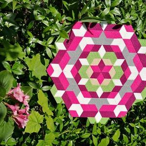 Textil mozaik matrica készlet - MANDALA III., Textil, Mozaik, Mindenmás, A caraWonga mandalái egy olyan DIY készlet, mely öntapadós, színes textil mozaik darabkákat tartalma..., Meska