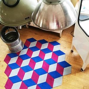 PUZZLE SZŐNYEG - ISOMETRIC, Textil, DIY (leírások), Mozaik, Mindenmás, rendelésre készül, elkészítési idő: ~5 nap\nA termék a képen láthatóval teljesen azonos lesz.\n\n\n146×..., Meska