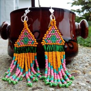 \'Görögdinnye\' gyöngy fülbevaló, Csillár fülbevaló, Fülbevaló, Ékszer, Gyöngyfűzés, gyöngyhímzés, Ékszerkészítés, A közelgő dinnyeszezon ihlette e gyöngy fülbevalót, melynek vidám színei garantáltan nyárias hangula..., Meska